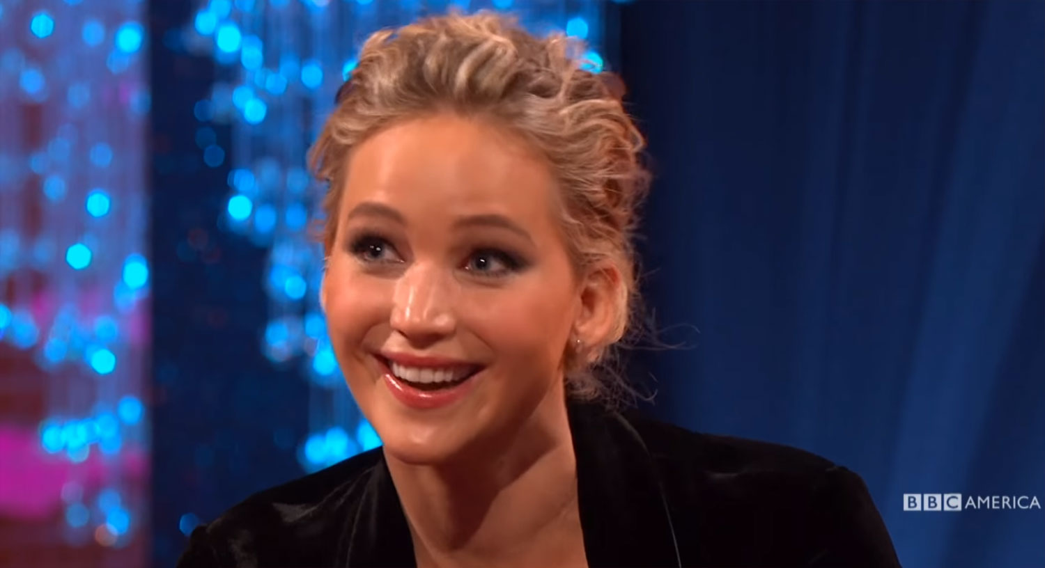 Jennifer Lawrence Almost Killed Someone By Scratching Her