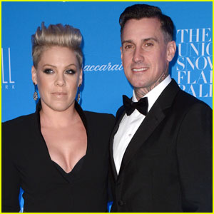 Pink & Carey Hart Wecome Baby Boy Named Jameson