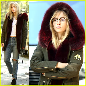 Suki Waterhouse Reveals She Sometimes Dances While Wearing Nothing at All!
