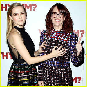 Zoey Deutch Redefines Red Carpet Posing with Movie Mom Megan Mullally at 'Why Him?' NYC Screening
