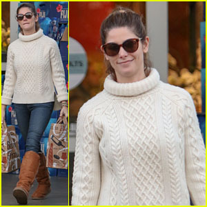 Ashley Greene Reminisces About New Zealand Holiday On Rainy LA Day