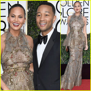 Chrissy Teigen Chills On The Stairs at Golden Globes 2017 With Hubby John Legend
