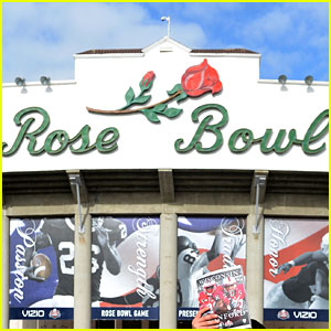 what college bowl games are on today college football schedule for tomorrow