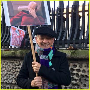 Ian McKellen's Women's March Sign Featured Patrick Stewart as Star Trek's Captain Picard