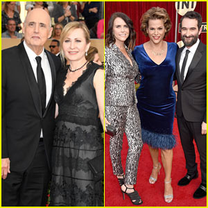 Jeffrey Tambor & His 'Transparent' Family Attend SAG Awards 2017