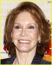 Mary Tyler Moore's Death Poses a Problem for Famous House