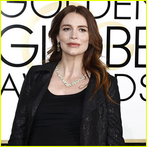 Saffron Burrows Gives Birth to Daughter Daisy!