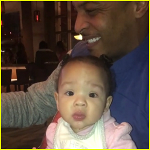 VIDEO: TI & Tiny Have Fun Family Dinner Amid Divorce Drama
