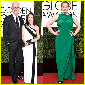 Veep's Julia Louis-Dreyfus & Anna Chlumsky Are All Glam for Golden Globes 2017