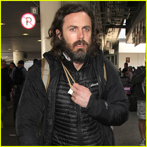 Casey Affleck Greets Fans at LAX Airport