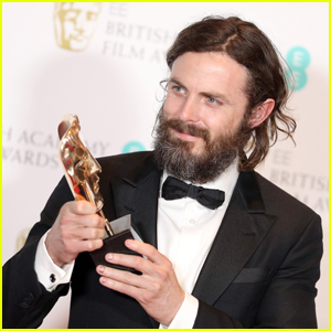 Casey Affleck Takes Home Best Actor at BAFTAs 2017!