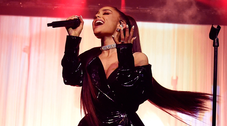 Ariana Grande Dangerous Woman Tour Set List