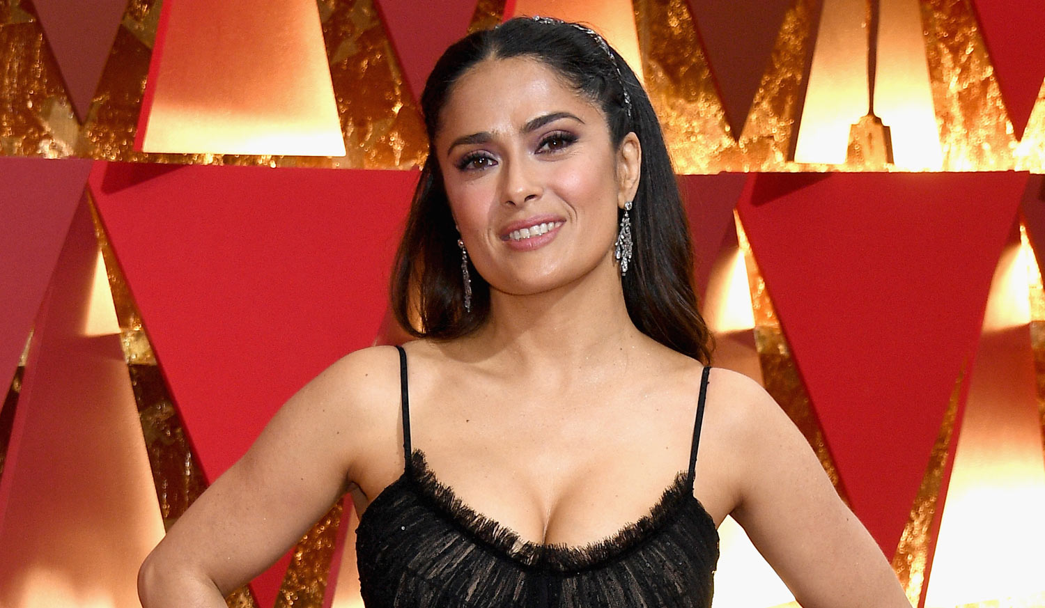 Salma Hayek Is Sexy In Lace For The Oscars 2017 Oscars