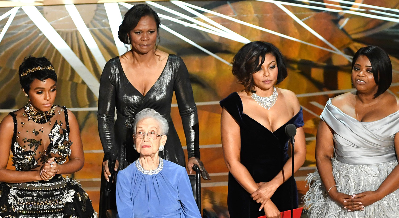 Hidden figures -  Hidden Figures Subject Katherine Johnson Welcomed To Oscars 2017 Stage By Taraji P Henson 2017 Oscars Janelle Monae Katherine Johnson