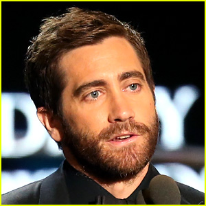 Jake Gyllenhaal Reveals How His 'Sunday' Video Was Filmed ...