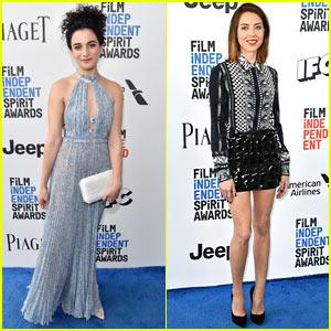 Jenny Slate & Aubrey Plaza Have a 'Parks & Rec' Reunion at the Spirit Awards 2017