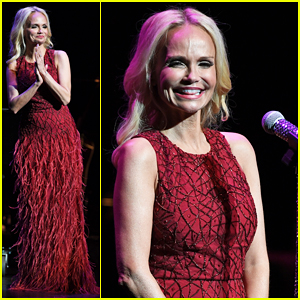 kristin chenoweth hits the stage for intimate valentines day concert - Valentines Day Concert