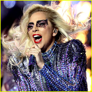 Lady Gaga to Replace Beyonce as Coachella 2017 Headliner!