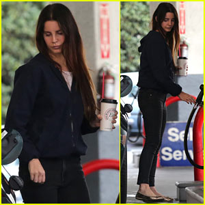Lana Del Rey Runs Errands in Beverly Hills