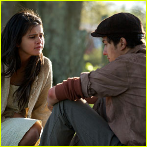 See Selena Gomez & Nat Wolff in the James Franco-Directed 'In Dubious Battle' - (EXCLUSIVE VIDEO)