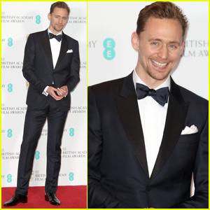Tom Hiddleston Presents Best Film at BAFTAs 2017!