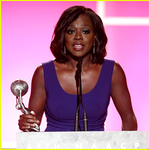 Viola Davis Is an Early Winner at NAACP Image Awards 2017!