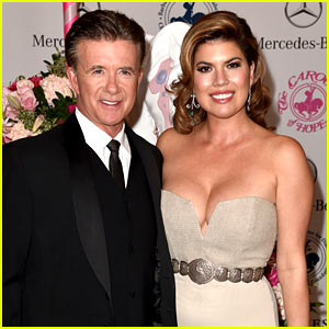 Alan Thicke's Widow Fires Back at Golddigger Claims