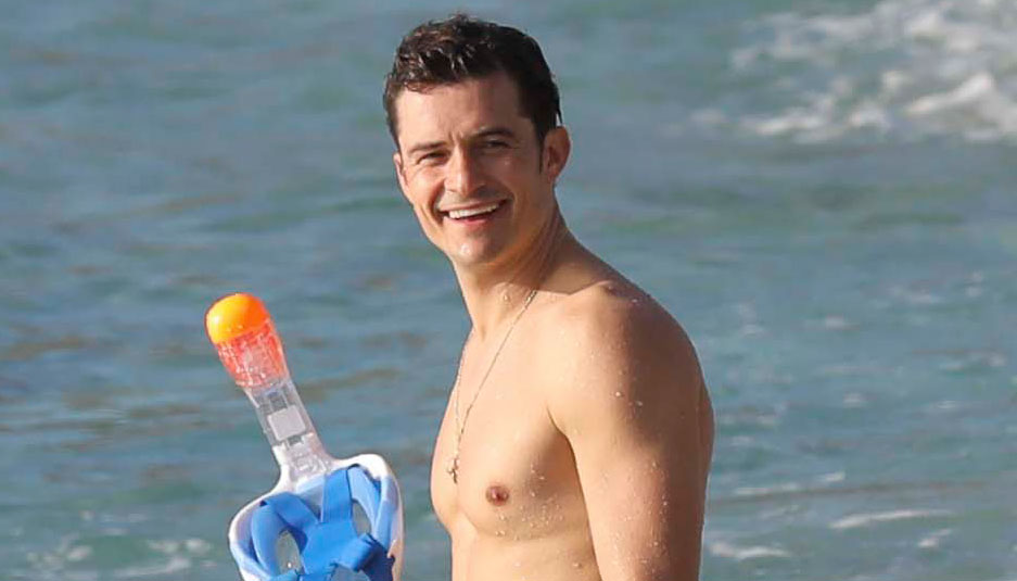 Orlando Bloom Goes Paddle Boarding, But Keeps His Shorts ... Orlando Bloom Paddle Boarding