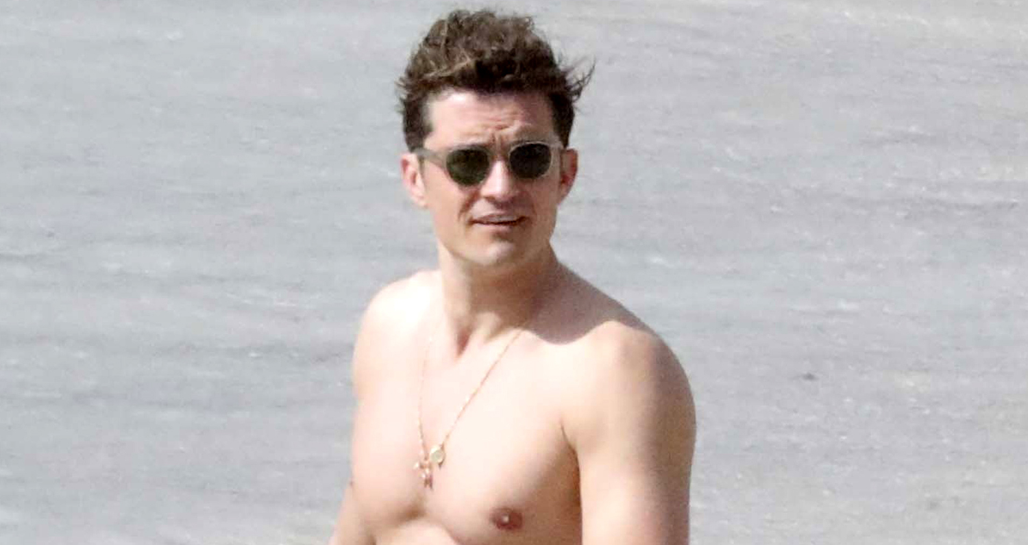 Orlando Bloom Enjoys Another Shirtless Day at the Beach! | Orlando Bloom, Shirtless : Just Jared