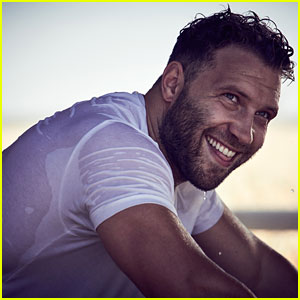 Jai Courtney Is So Hot in Wet T-Shirt for 'GQ Australia'!