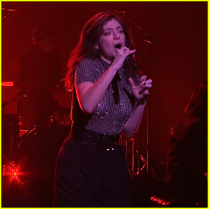 Lorde Brings Her Unique Dance Moves To 'SNL' While Performing 'Green Light' & 'Liability' (Videos)