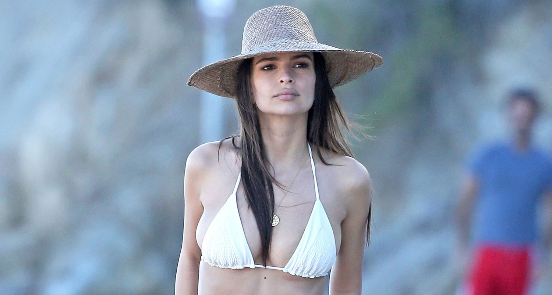 48d9fe7f8780 Emily Ratajkowski Strips Down to Bikini at the Beach with Boyfriend Jeff  Magid!   Bikini, Emily Ratajowski, Jeff Magid : Just Jared