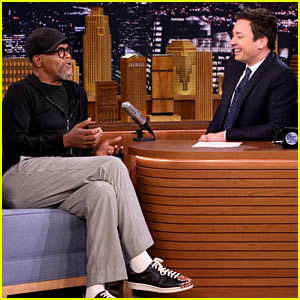 Samuel L. Jackson & Jimmy Fallon Dramatically Read Facebook Rants About Girl Scout Cookies & More (Video)