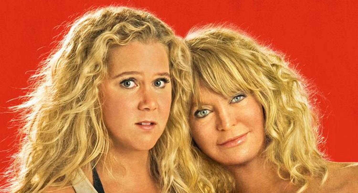 Amy Schumer Amp Goldie Hawn Get Close On New Snatched
