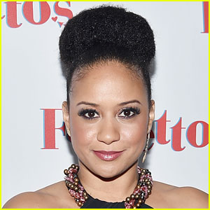 Actress Tracie Thoms Once Had to Change Out of Leggings Before Flight - Read Her Tweets