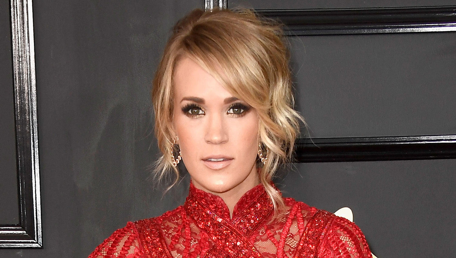Carrie Underwood Signs With A New Record Label