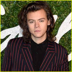 Harry Styles' Former One Direction Bandmates Hadn't Heard 'Sign of the Times' Yet