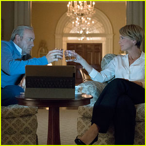 'House of Cards' Season 5 - First Look Photos Revealed!