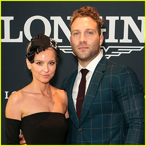 Jai Courtney & Girlfriend Mecki Dent Look Picture-Perfect at Championships Race Day