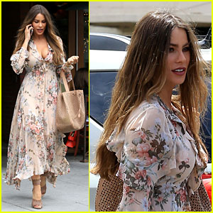 Sofia Vergara Looks Flawless in Flowing Floral-Print Dress