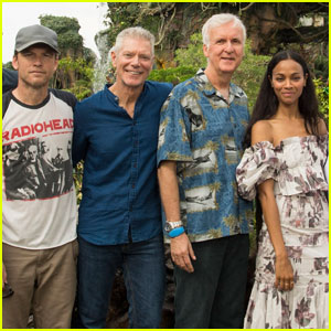 Zoe Saldana Reunites With 'Avatar' Cast at Disney World's 'Pandora – The World of Avatar'