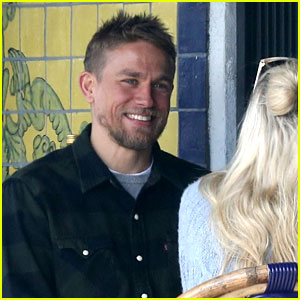 Charlie Hunnam Flashes His Sexy Smile at Lunch with Friends