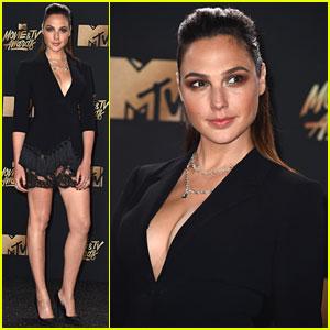 Wonder woman movie headlines mtv movies