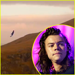 Harry Styles Unveils Teaser Clip for 'Sign of the Times' Video