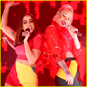 Iggy Azalea Performs 'Switch' with Anitta on 'Fallon' (Video)