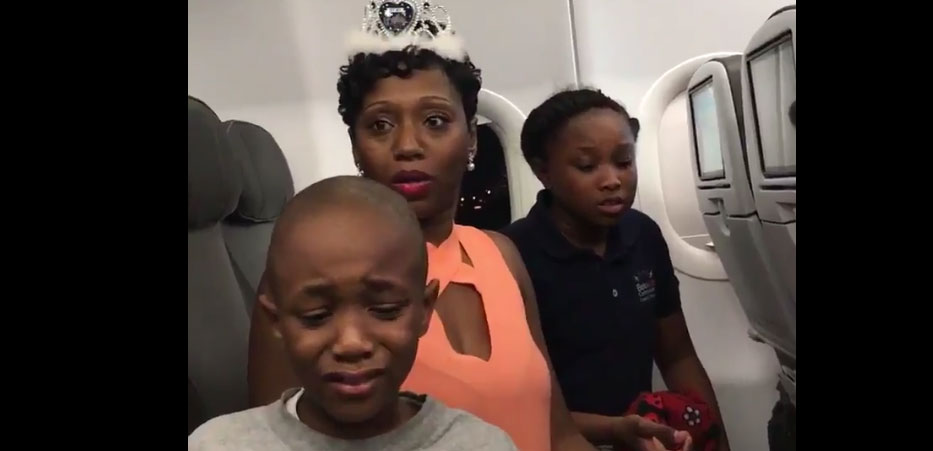 People Kicked Off Jet Blue For Birthday Cake