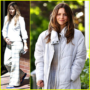 Katharine McPhee Gets Into Character on 'Lost Wife of Robert Durst' Set