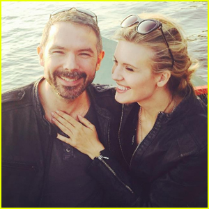 'Lost' Star Maggie Grace Officially Ties the Knot!