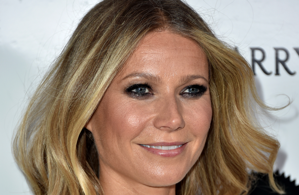 Gwyneth Paltrow S Daughter Apple 13 Is All Grown Up In