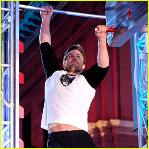 Stephen Amell Tackles Salmon Ladder for 'American Ninja Warrior' - Watch His Full Run!